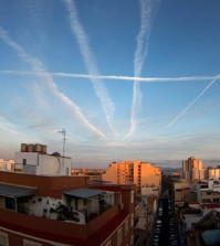 Chemtrails-Sky-Over-Town-City