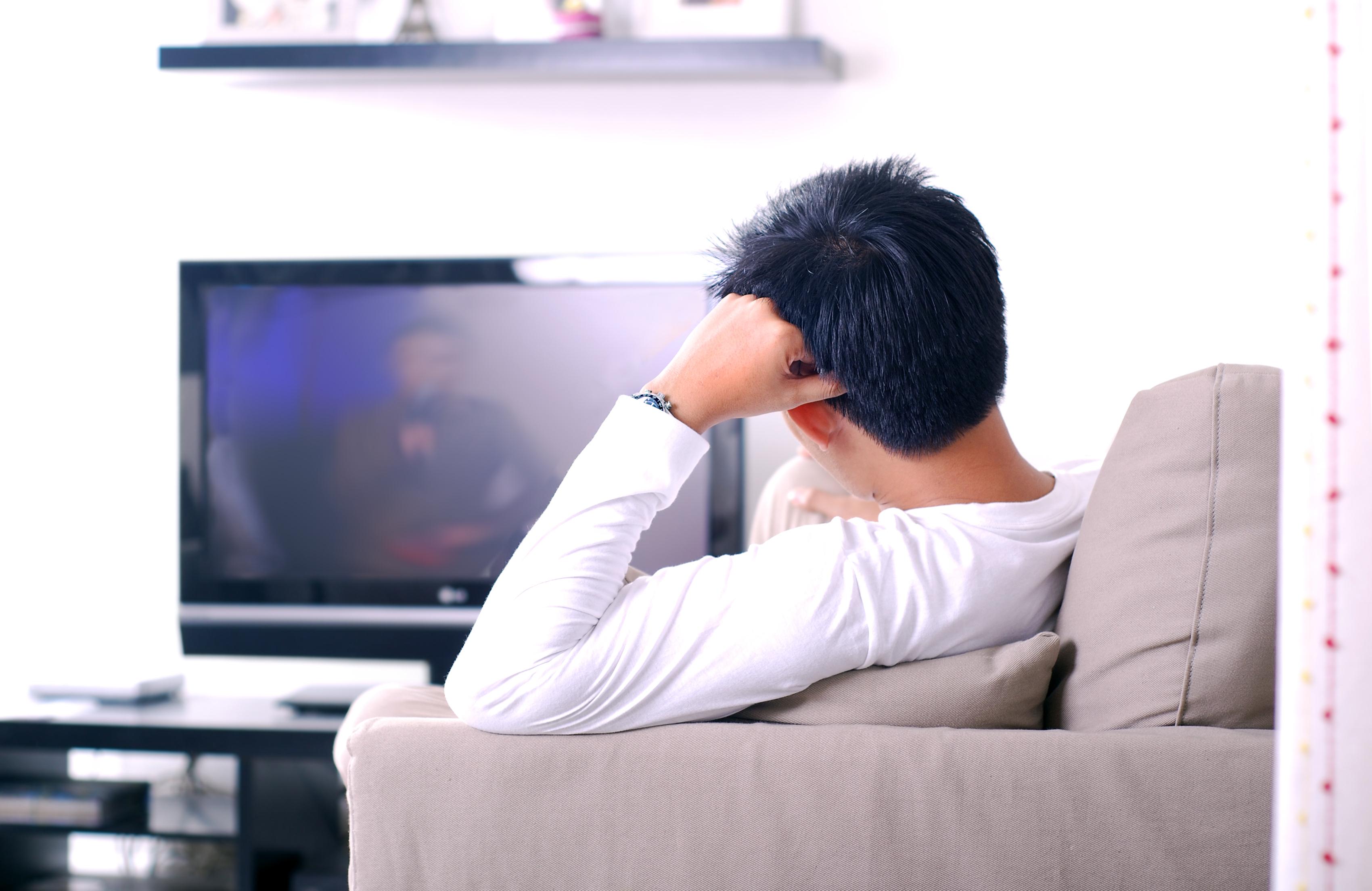 Секс смотря на телевизор 23 фотография
